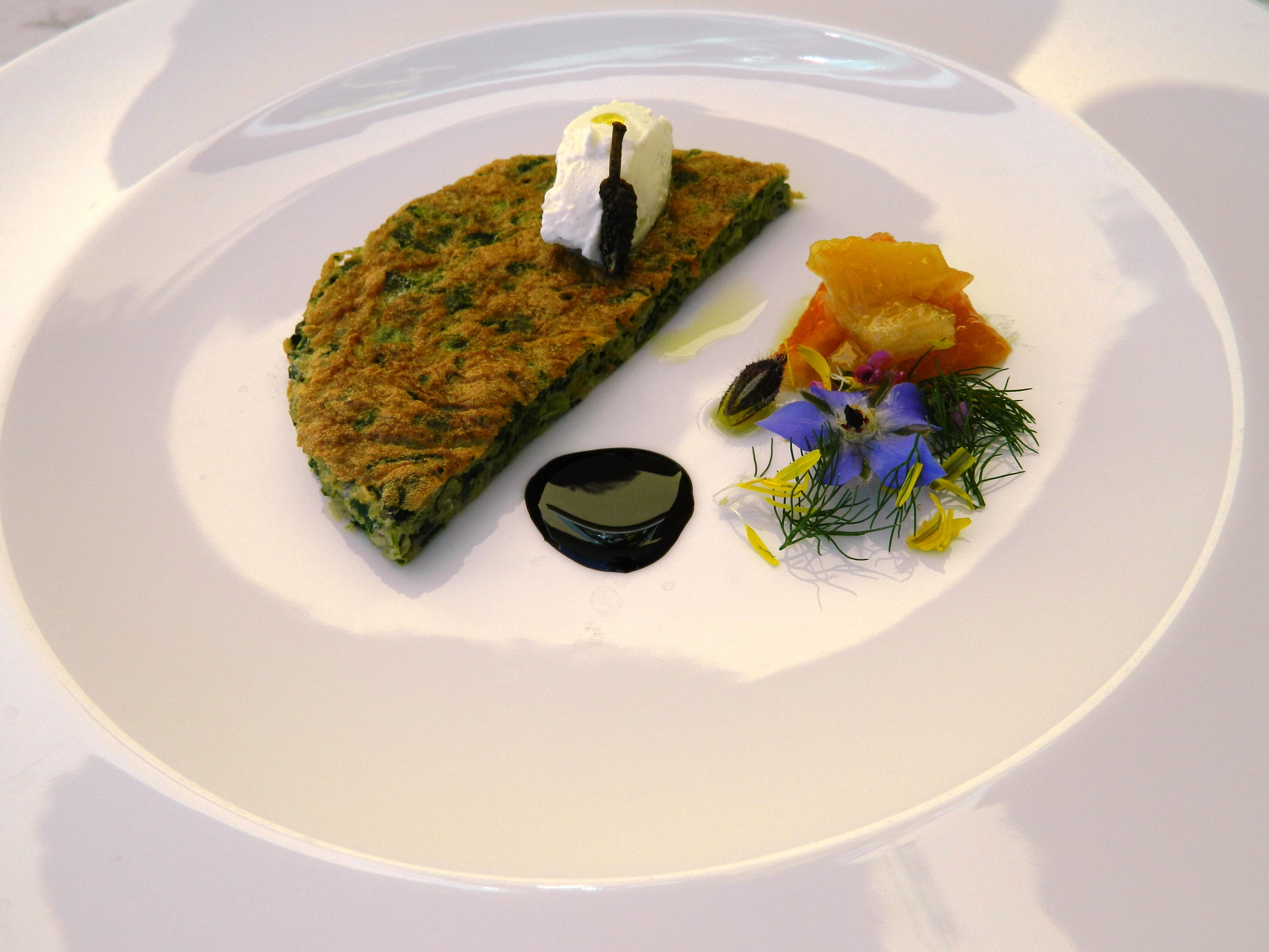 Amara frittata, mousse di ricotta e mostarda di agrumi